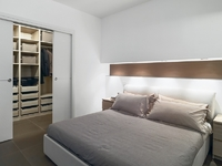 Chambre spacieuse avec dressing
