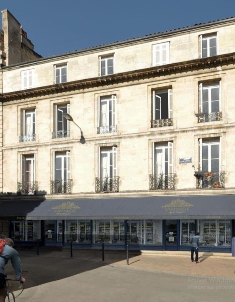 Rue Contrescarpe : Vue de face de ce projet immobilier de réhabilitation