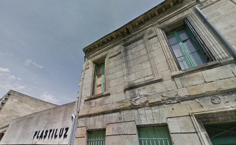 Rue Prunier : Façade d'un immeuble construit au XX<sup>è</sup> siècle