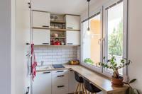 Cours Aristide Briand : Une cuisine entièrement équipée