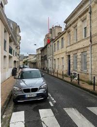 Rue Duranteau : Représentation de la résidence dans sa rue